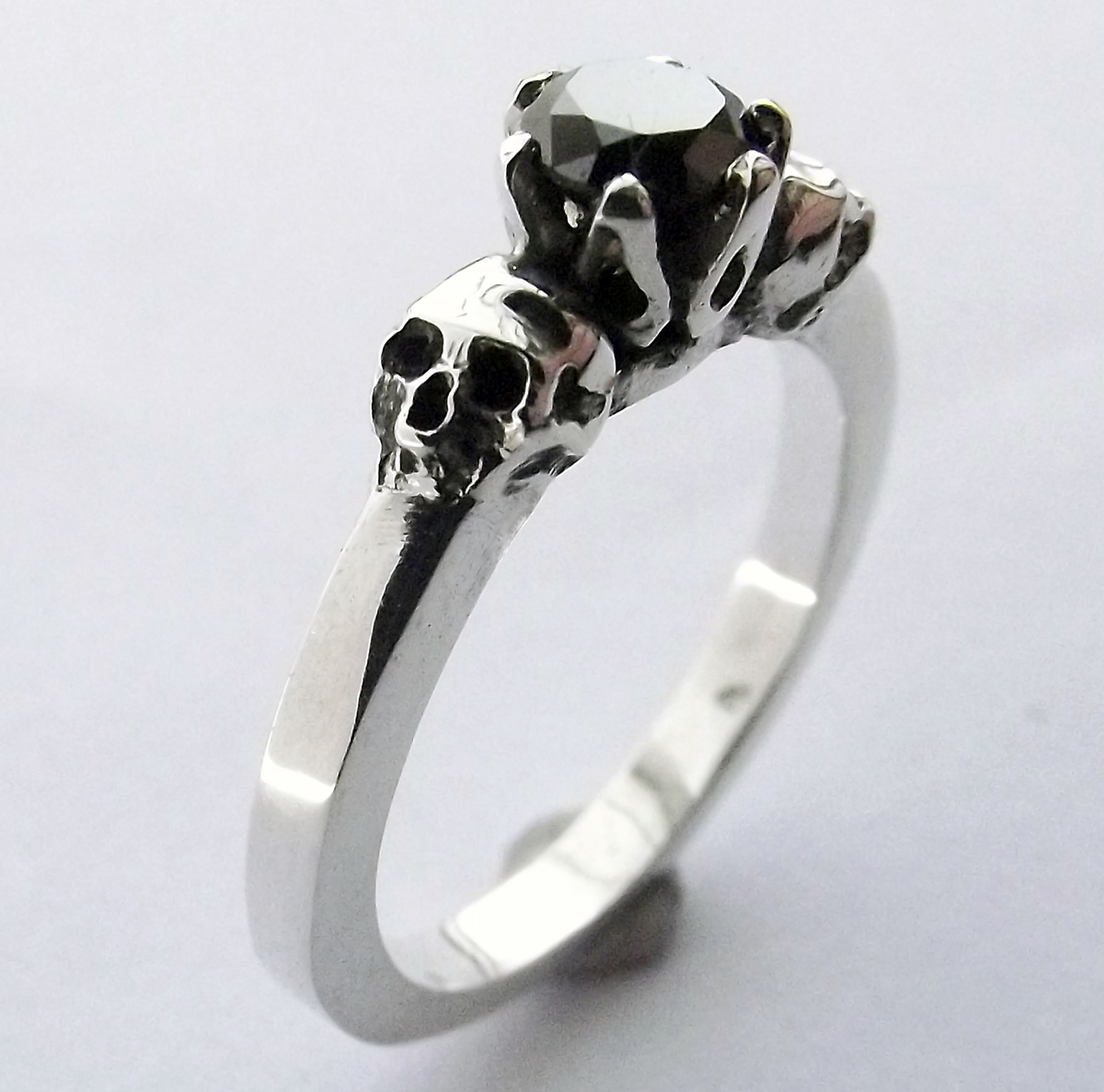 Skull Ring made by Dazzling Jewellers (1)