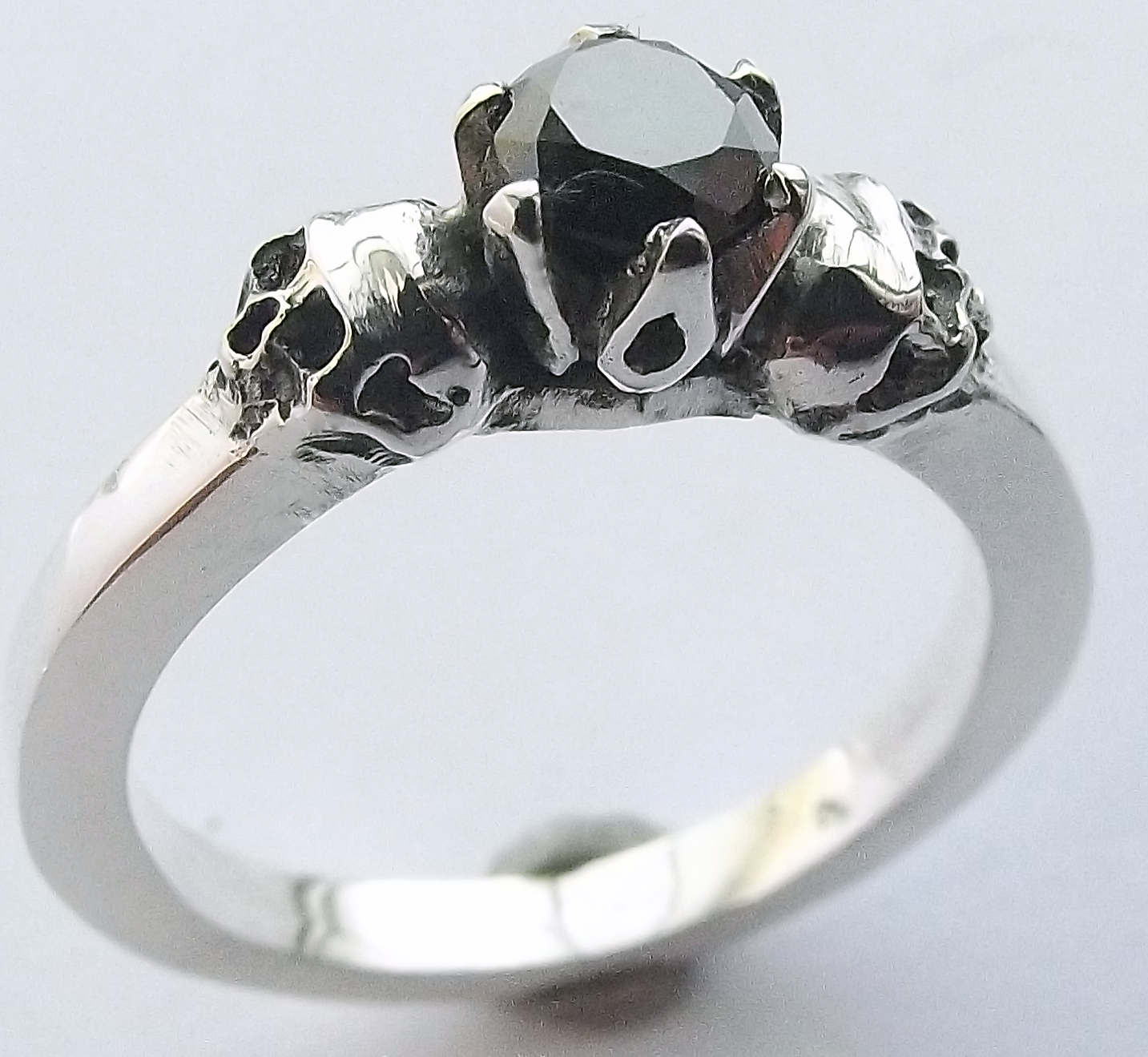 Skull Ring made by Dazzling Jewellers (2)