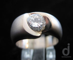 Diamond and white gold ring