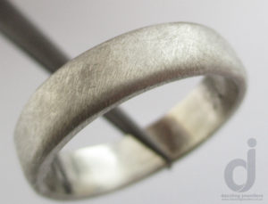 White gold male wedding ring
