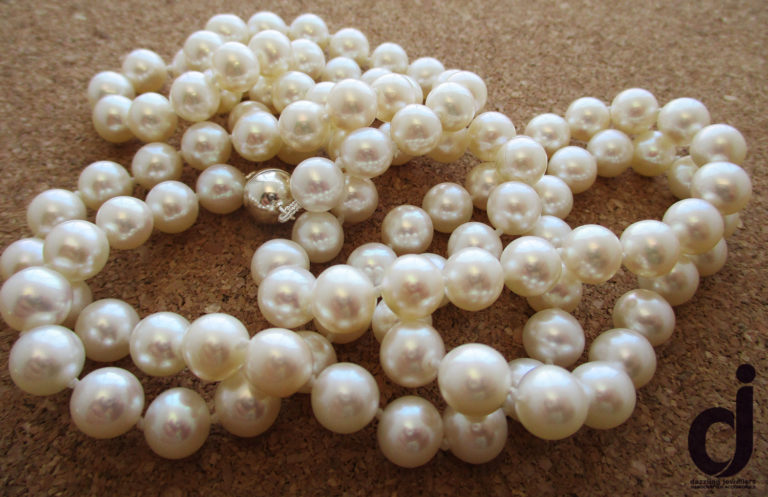 cultured pearls made-up by dazzling jewellers
