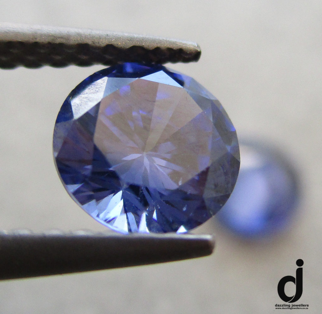 tanzanite simulant 5mm round sold by dazzling jewellers (2)